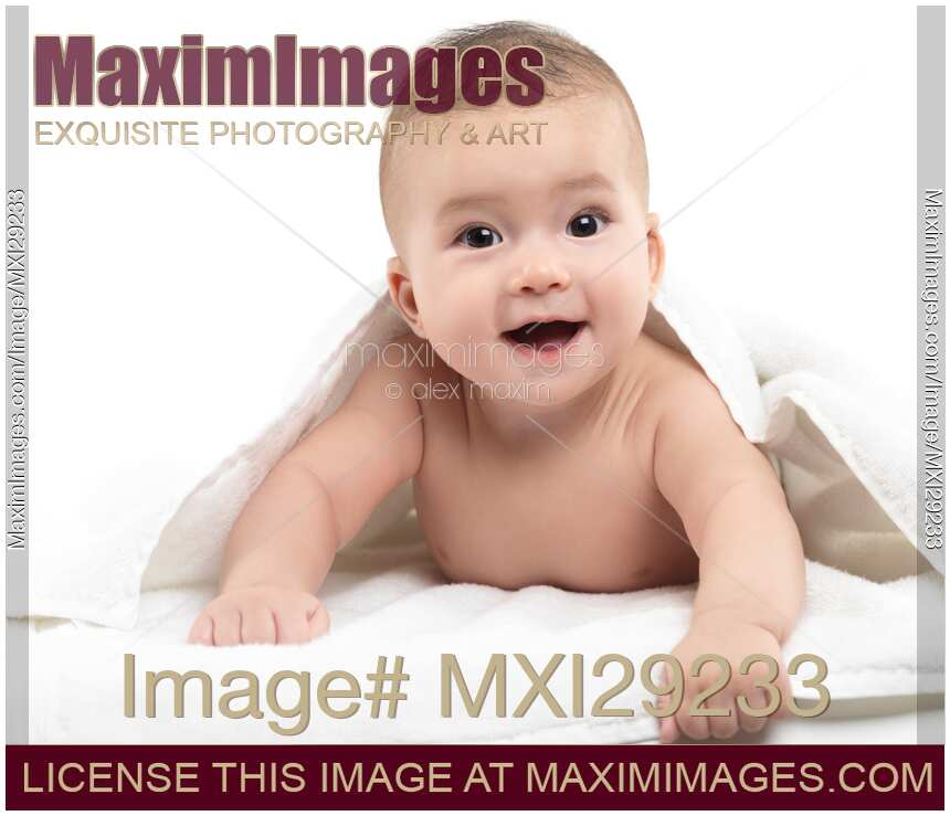 Photo Cute Baby Boy Smiling Face With Excited Expression