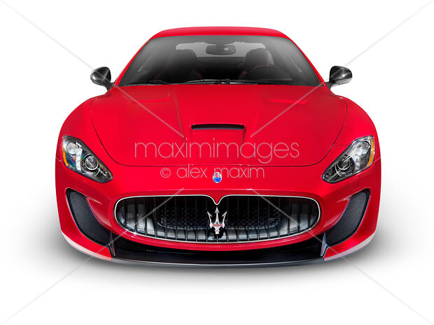 2015 Maserati GranTurismo MC Centennial Edition luxury car front view