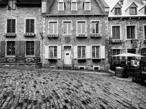 Houses In Quebec City on houses in espanola, houses in stoneham, houses in prince edward island, houses in catania, houses in st. petersburg, houses in grande prairie, houses in syracuse, houses in new amsterdam, houses in hanoi, houses in izmir, houses in tallinn, houses in valparaiso, houses in markham, houses in bridgetown, houses in trenton, houses in iqaluit, houses in ogdensburg, houses in salvador, houses in northwest territories, houses in old montreal,